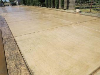 A picture of concrete driveway in Diamond Bar, CA.