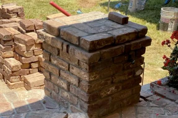 this image shows stone masonry in Diamond Bar, California